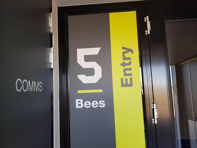 20190624_130133 Bees Entry Mickelham